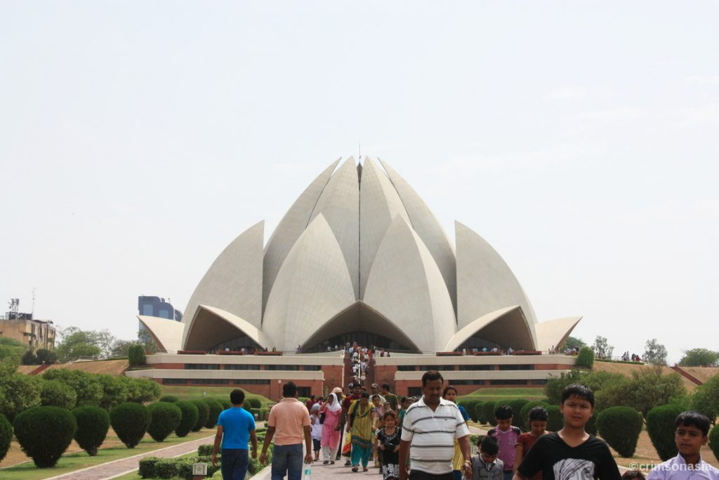 lotus temple bahai delhi crimsonasia